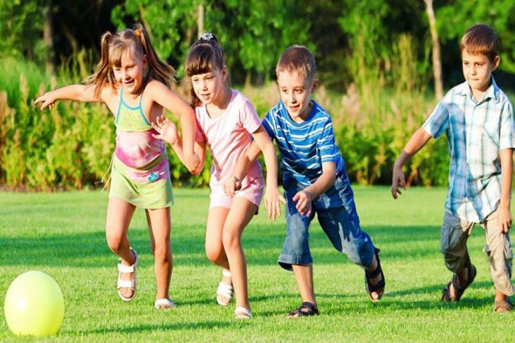 brincar ao ar livre